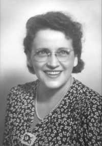 Eva Pearl Sperry (Vickers) - photo portrait